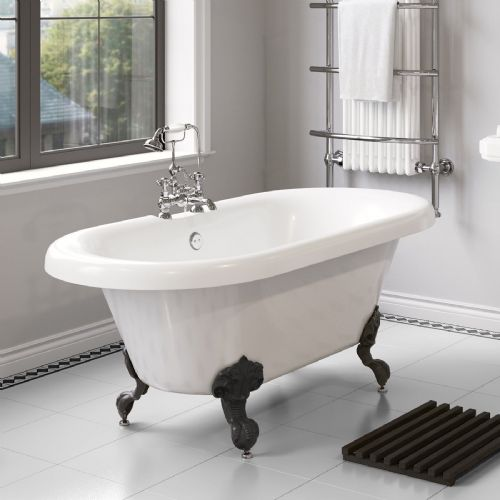 1800mm Freestanding Roll Top Slipper Bath with Ball Feet
